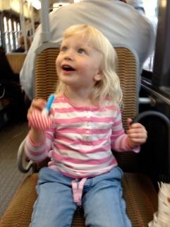En bild du tagit som du själv tycker mycket om - Ella på tram 97.